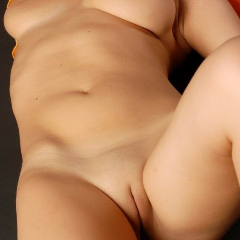 big_tits_shaved_pussy.jpg