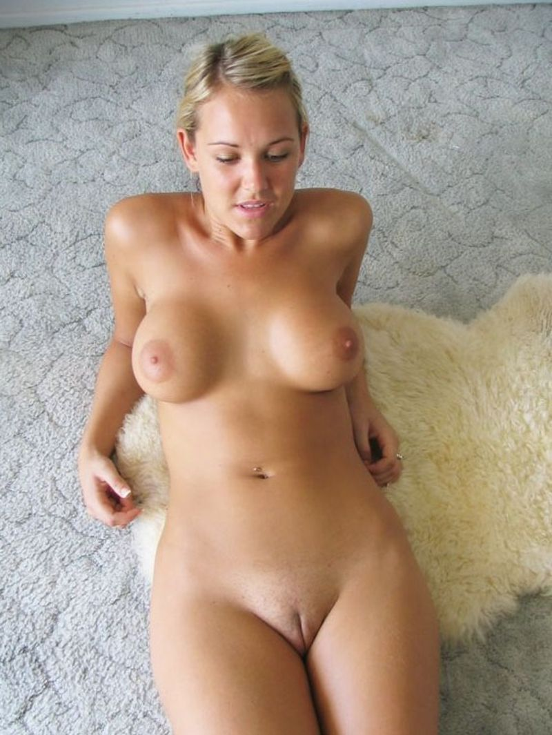 Teen age jeune chatte